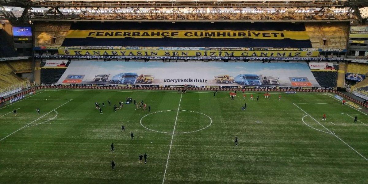 Bayburt un stadının zemini futbolseverleri şaşırttı #4