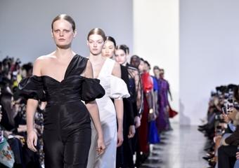İlk Londra Dijital Moda Haftası başladı