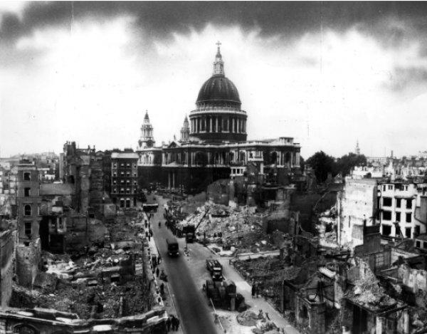 Kısa film tadında 100 fotoğrafta 100 yıllık Londra #3